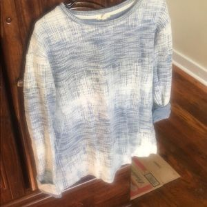 Textured long sleeve pullover!
